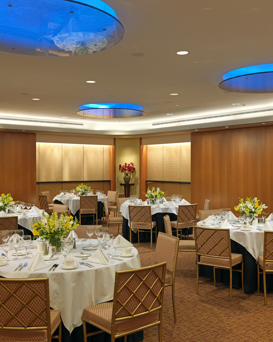 Contemporary Meeting Room, Interior Design by Kenneth E. Hurd & Associates