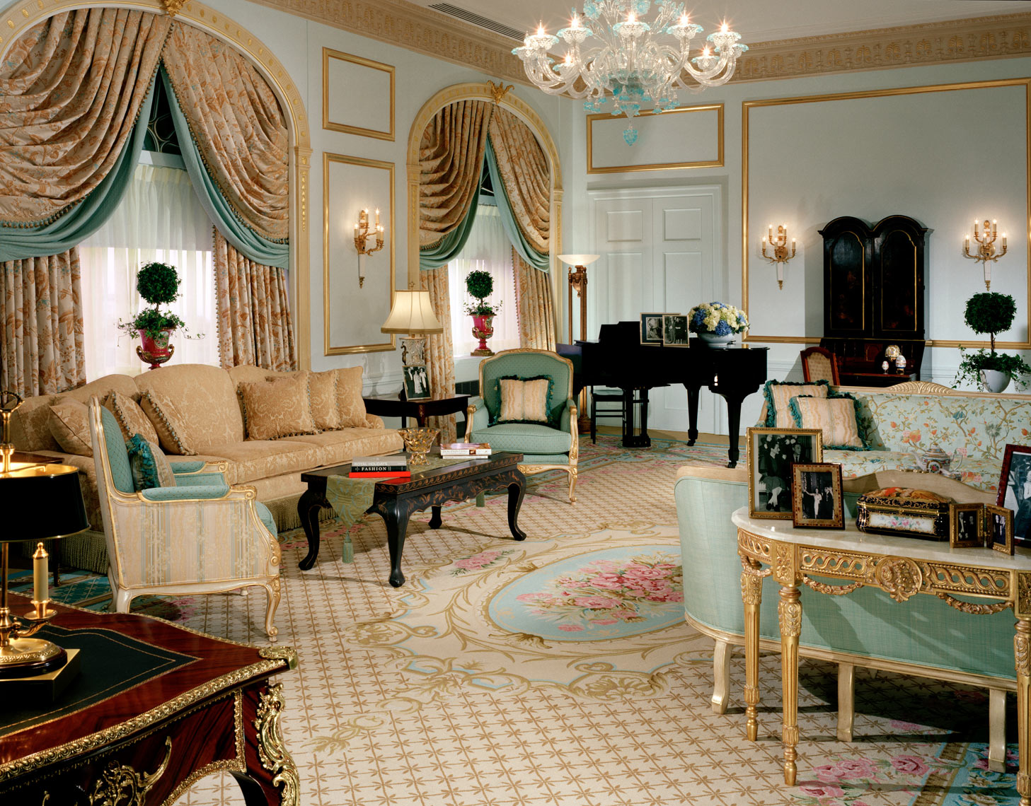 Waldorf Towers Royal Suite, Interior Design by Kenneth E. Hurd & Associates